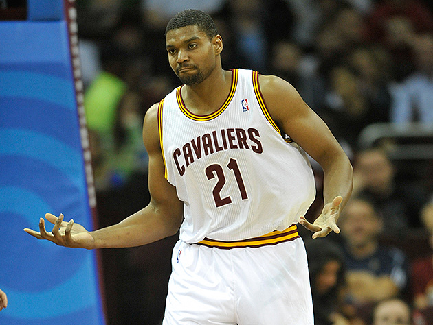 How much will signing Andrew Bynum actually help the Indiana Pa…