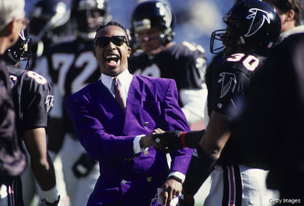 [Image: MC-Hammer-on-the-Sidelines.jpg]