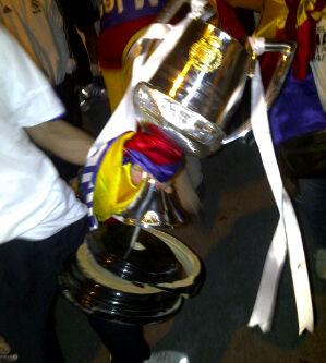 Kaputte Copa del Rey Trophäe