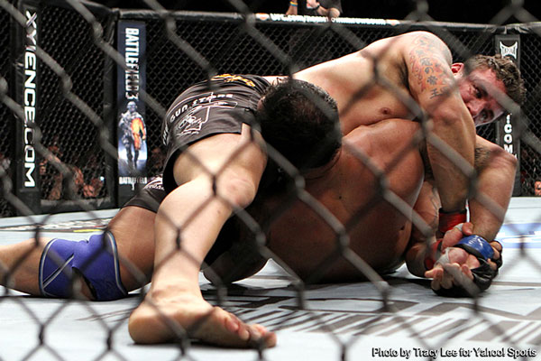 UFC 140 wrap video: With ?horsepower meeting technique? Frank Mir treated ?Big Nog?s? arm like a ?bag of potato chips?