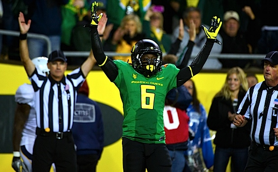 Oregon flashes familiar fireworks, and its season flashes before its eyes