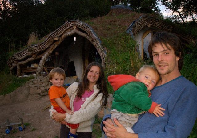 Hobbit Haus Bauen horizont 13 brite baut hobbit haus für nur 3000 pfund