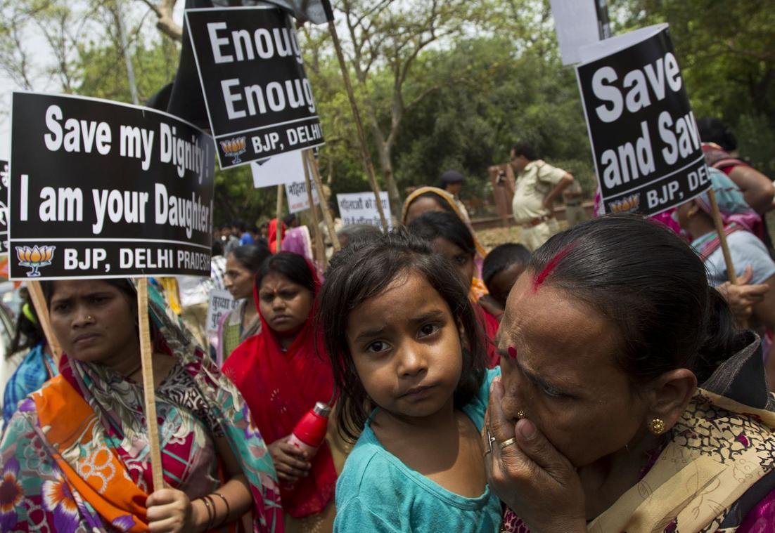 enfado en la India tras la violación de una niña de 5 años