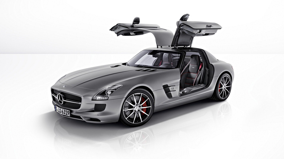 2013 Mercedes Sls Amg Gt Gets A Gullwing Door Lift