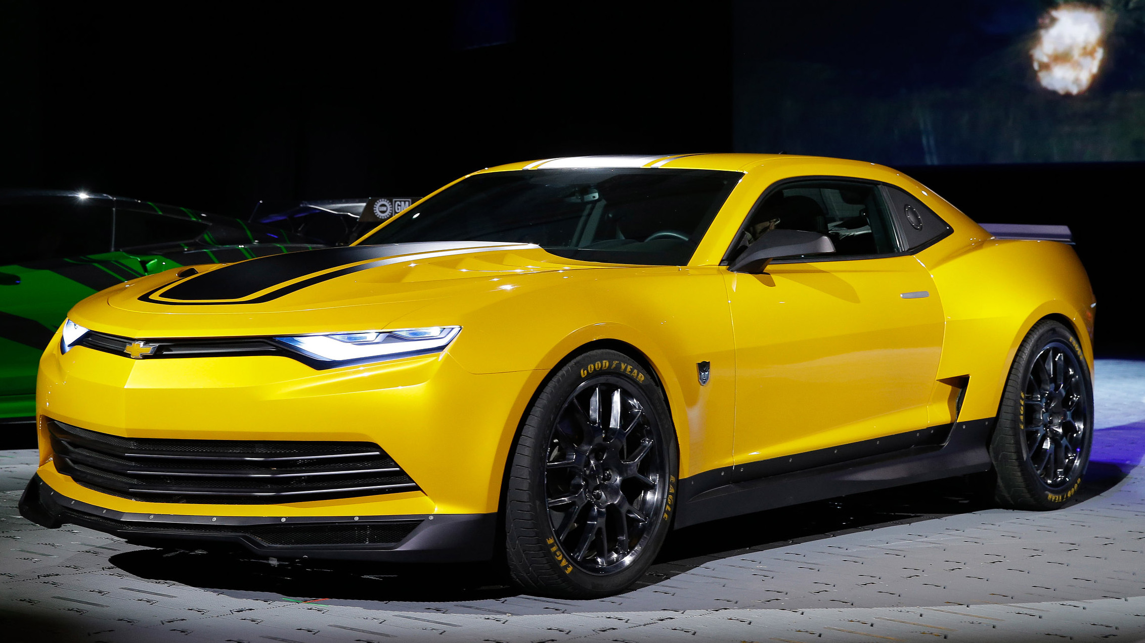 Bumblebee Camaro Gets A Facelift For Transformers 4