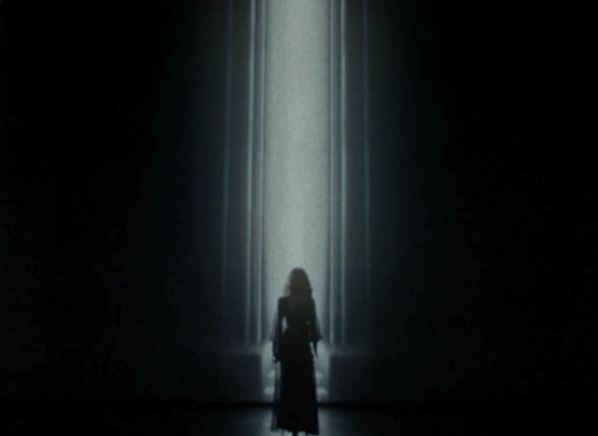 Lana del rey s young and beautiful video deco or dystopian for Art deco lana del rey
