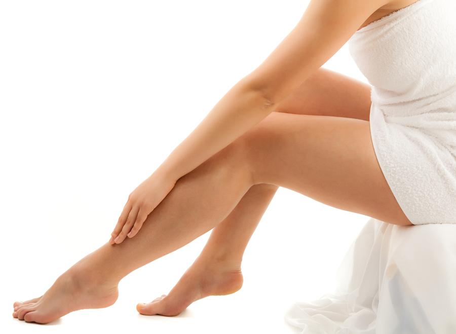 Depilazione fai da te: come depilarsi da sola senza fare danni