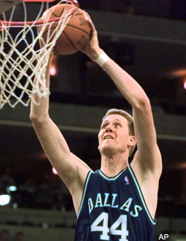 Ex-NBA player Shawn Bradley is now a cowboy and aspiring ...