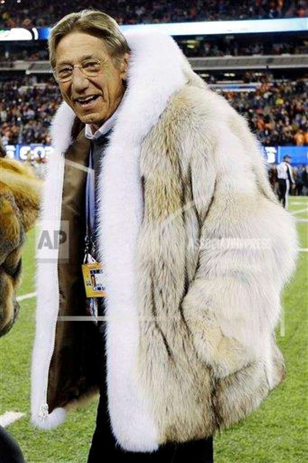 Joe Namath rocks a huge fur coat, shows he's still the coolest guy ...