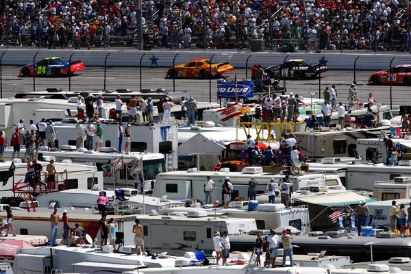 Hellish Storms Don T Deter Texas Speedway Camping Diehards