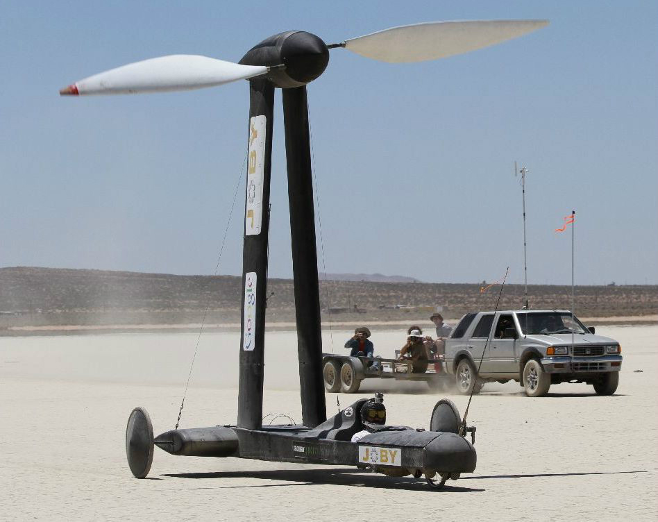 Wind-powered Blackbird vehicle up for sale after rewriting physics